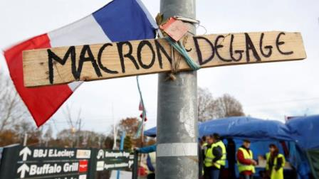 protests Macron