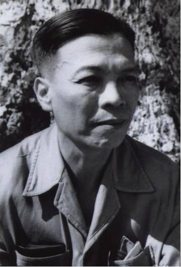 Trí thức bất lương - Thời đại nói láo toàn tập Nhanvat_NguyenManhTuong_1952